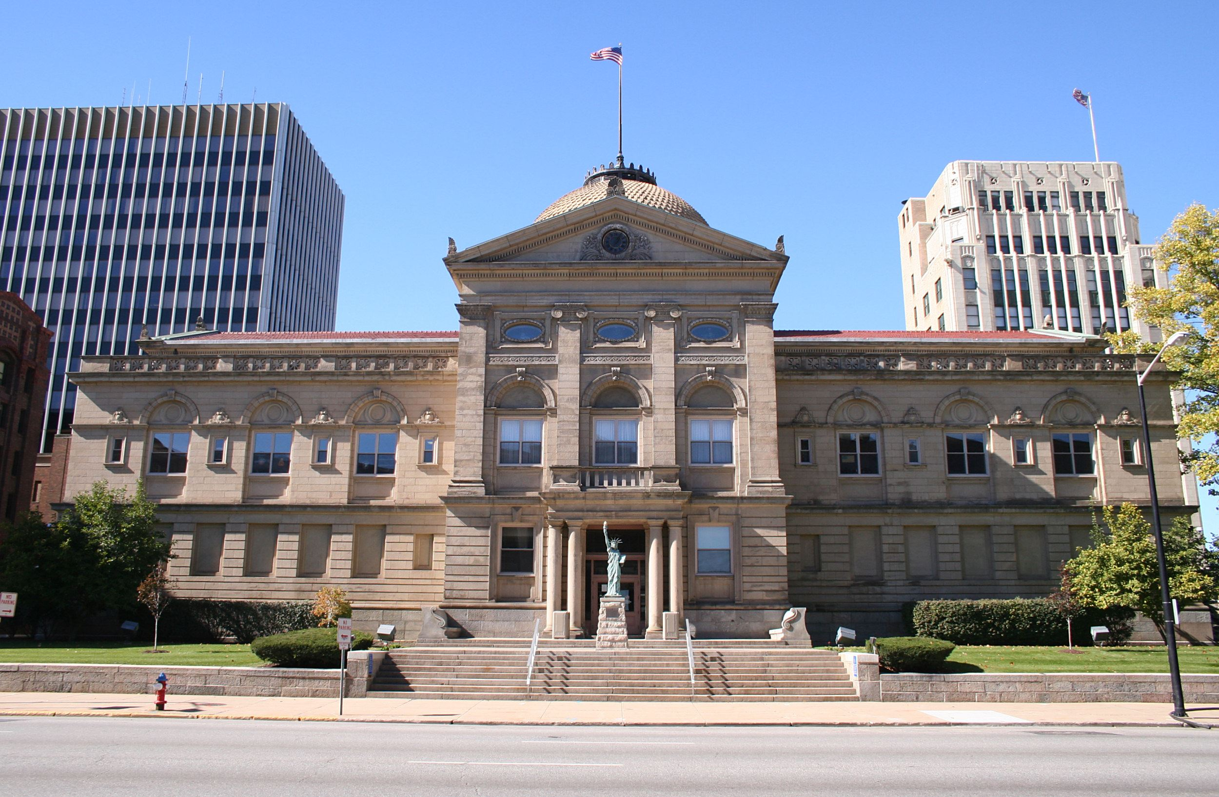 This is a picture of Courthouse 1 located at 101 S. Main Street South Bend, IN 46601